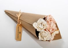 adorable hair accessory comes packaged like a bunch of flowers!
