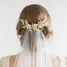 We love the Jasmine headpiece with and without a veil. It's the perfect way to still have a beautifully framed updo after the veil has been removed! #bridalheadpiece #headpiece #veil #weddingveils #hairflowers #lace #weddinghair #weddingheadpiece #weddingdress #bridalgown #bridalinspiration #weddinggown #weddings #bridalhair #weddings #updo #bride #hair #percyhandmade #hairinspiration #bridalheadpieces #accessories #hairstylist #weddingmakeup #makeupartist #weddingaccessories #updos Photog