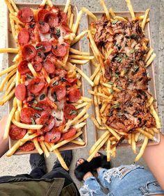 Food Platters, Food Dishes, Vegan Food Truck, Food Truck Menu, Comida Disney, Food Truck Design, Pub Food, Food Goals, Aesthetic Food