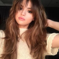 Selena Gomez debuted a striking new hairstyle on Wednesday