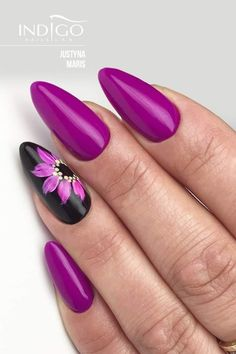 Purple black floral nail art ideas in 2019 acrylic nails, gel nails, pretty Fabulous Nails, Perfect Nails, Gorgeous Nails, Gel Nail Art Designs, Pedicure Designs, Acrylic Nails, Gel Nails, Uñas Fashion, Purple Nails