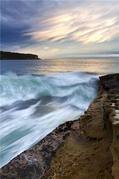 Waves in the Coast, Sydney, Australia