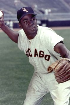RIP Minnie Minoso first black player to integrate for the Chicago White Sox organization. Played the better part in five decades.