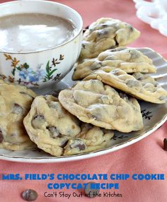 Field's Chocolate Chip Cookie Copycat Recipe – Can't Stay Out of the Kitchen Mrs Fields Chocolate Chip Cookies, Best Chocolate Chip Cookie, Semi Sweet Chocolate Chips, Blueberry Cobbler Recipes, Copycat Recipes, Cookie Recipes, Dessert Recipes, Top Secret Recipes, Oven Cooking