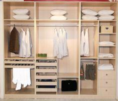 Jak si vyrobit šatnu i v menším interiéru