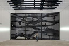 NewsGallery: NUMEN/FOR USE: AVANT GARDE MIXED WITH PLAY