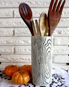 Faux Bois Stoneware Vase in Black and White