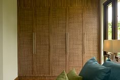 Tago: A Take on the Modern Bahay-Kubo Real Living Philippines Modern Filipino Interior, Modern Filipino House, Bungalows, Bahay Kubo Design, Philippines House Design, Wooden House Design, Tropical House Design, Philippine Houses, Model House Plan