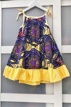 African print girl dress / beach dress /summer dress / swing dress for girls / holiday dress. Ankara dress for girls age - Summer Dresses Girls Holiday Dresses, Little Girl Dresses, Girls Dresses, Baby Dress Design, Baby Girl Dress Patterns, African Dresses For Kids, African Kids, Kids Dress Wear, Kids Frocks Design