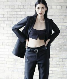 Model Liu Wen suits up in the may issue of WSJ magazine photographed by Daniel Riera. We are truly jealous of the business-inspired looks. Liu Wen, Grey Fashion, Minimal Fashion, Fashion Show, High Fashion, Runway Fashion, Women's Fashion, Dandy, Xiao Li