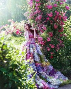 """the-seedling-witch: """"inkxlenses: """"Antheia was one of the Charites, or Graces, of Greek mythology and was the goddess of flowers and flowery wreaths. (Image Credit: Helena Lee) """" My future wedding. Fantasy Photography, Girl Photography, Fashion Photography, Photography Hacks, Photography Pricing, Foto Fantasy, Fantasy Dress, Pretty Dresses, Beautiful Dresses"""