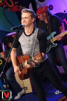 Hunter Hayes performs in Thailand