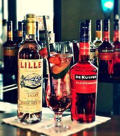Lillet Vive Rosé ( Lillet Rosé, De Kuyper Wild Strawberry, Tonic)