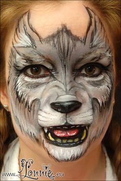 Wolf face painting by Ansigtsmaling - Halloween Makeup Werewolf Face Paint, Werewolf Makeup, Werewolf Costume, Horror Makeup, Scary Makeup, Zombie Makeup, Face Painting Images, Face Painting Designs, Face Paintings