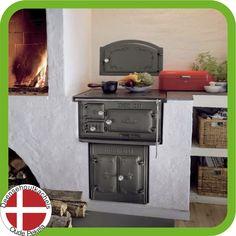 Lovely build in Idun 1 wood burning range. Range Cooker, Wood Stoves, Pantry Design, Wood Burning, Kitchen, Home Decor, Cooking, Decoration Home, Room Decor