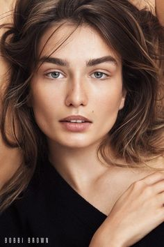 Andreea Diaconu wears a natural makeup look in Bobbi Brown Cosmetics' fall 2017 campaign