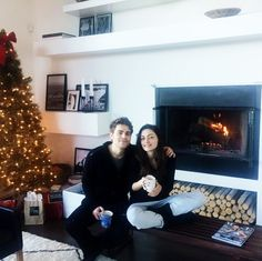 Paul Wesley and Phoebe Tonkin - jane_tonkin: Wonderful Christmas Day with two of my favourite people
