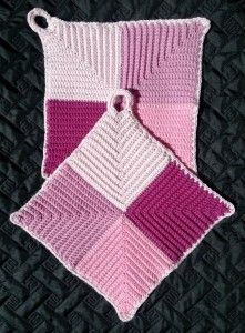 need to translate Crochet Kitchen, Crochet Home, Diy Crochet, Vintage Potholders, Crochet Potholders, Potholder Patterns, Crochet Patterns, Crochet Hot Pads, Crochet Dollies