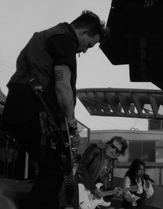 Travelling with camera obscura: Hollywood Vampires & Johnny Depp!