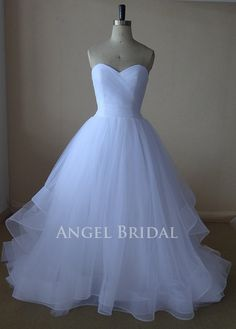 A-Line White   Tulle  Wedding dress, Wedding gown, wedding dresses, wedding gowns,Bridal gown on Etsy, $225.00