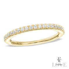 Vera Wang LOVE Collection 1/4 CT. T.W. Diamond Wedding Band in 14K Gold