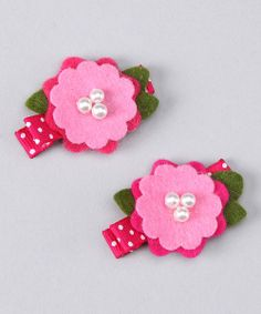 DIY hair clips (try adding felt. Felt Hair Clips, Baby Hair Clips, Flower Hair Clips, Felt Diy, Felt Crafts, Felt Flowers, Fabric Flowers, Barrettes, Hairbows