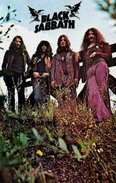 #BlackSabbath Ozzy Osbourne Black Sabbath, Pop Punk, Rock Y Metal, Rock Band Posters, Black Label Society, Band Wallpapers, Tribute, Into The Fire, Heavy Metal Music