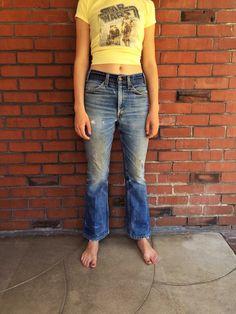 70s LEVIS 646 Flare Jeans 28 Waist Bellbottoms Orange Tab