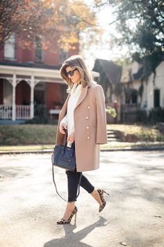 Winter date night outfits, classy winter outfits, winter outfits women, win Stylish Winter Outfits, Winter Outfits For Work, Winter Outfits Women, Fall Outfits, Work Outfits, Night Outfits, Fashion Outfits, Casual Outfits, Stylish Clothes