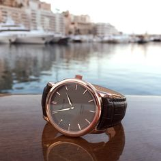 Throwback to the Heritage 40 Roquebrune, a rose gold piece we released in May 2015 and one of our most sought after watches we've ever produced.