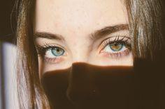 Eyes, shadows