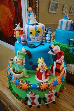Alice in wonderland cakes