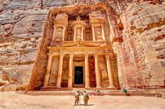 """The end of the Siq, with its dramatic view of Al Khazneh (""""The Treasury"""")"""