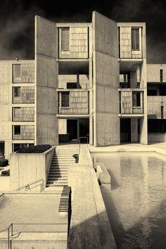 Salk Institute for Biological Studies, La Jolla, California, designed by Louis Kahn, 1962. Photograph by Benjamin Antony Monn.