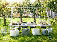 Buiten ♥ feest: buitentafel voor in de boomgaard