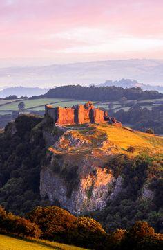 Sunrise, Carreg Cennen Castle, Trapp, Brecon Beacons, Carmarthen by Joe Daniel Price / 500px (Wales, UK)