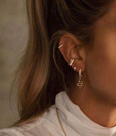 How To Wear Cartilage Helix Hoop Pin Piercing Earrings Inspiration Idea Jewelry Nickel Free Jewelry . - How To Wear Cartilage Helix Hoop Pin Piercing Earrings Inspiration Idea Jewelry Nickel Free Loop St - Ear Piercing Studs, Piercing Cartilage, Ear Peircings, Cute Ear Piercings, Ear Studs, Tragus Hoop, Multiple Ear Piercings, Triple Ear Piercing, Piercing Ideas