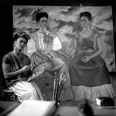 Exhibition: 'Frida Kahlo: Through the Lens of Nickolas Muray' at the Albright-Knox Art Gallery, Buffalo NY Diego Rivera, Frida Paintings, Nickolas Muray, Frida And Diego, Work In New York, Modern Portraits, Mexican Artists, Visit Mexico, Gelatin Silver Print