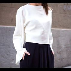 ZARA KNIT white boat neck Bell sleeve crop top never worn but no tags // sold out everywhere Zara Tops Crop Tops