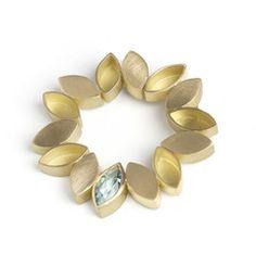 18k Gold and Aquamarine Brooch (OF23)