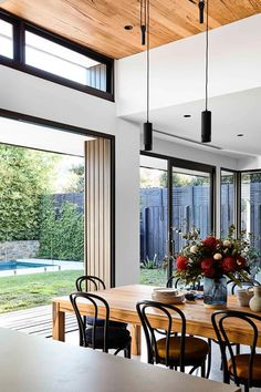 This stunningly renovated red-brick period abode in Melbourne is a celebration of modern family living, love and the enduring warmth of timber. Family Living, Level Homes, Australian Homes, Home, Home Renovation, Home And Family, Modern Family, Modern, Renovations