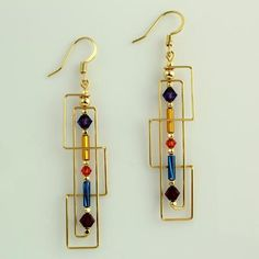 Jewelry Making Harpstone - Frank Lloyd Wright Skinny Rectangles Beaded Beads, Beads And Wire, Beaded Earrings, Earrings Handmade, Beaded Jewelry, Handmade Jewelry, Beaded Bracelet, Handmade Wire Earrings, Wire Jewelry Earrings