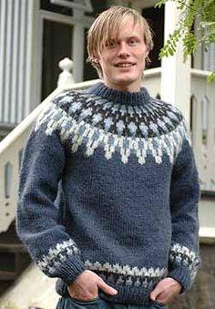 Strickpaket für das Modell / 24 in indigoblau Icelandic Sweaters, Wool Sweaters, Nordic Sweater, Men Sweater, Handgestrickte Pullover, Country Attire, Jumper Patterns, Knit Baby Booties, Fair Isle Knitting