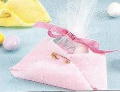 DIY Baby Shower Favor - Mini Diaper Filled with Candy