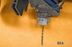Foto: REA JET - Hochauflösender Tintenstrahldrucker - HP-Drucktechnologie - Berührungslose Beschriftung von Reinigungstüchern aus Vliesstoff