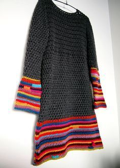 A beautiful crochet tunic with instructions! Pull Crochet, Mode Crochet, Crochet Tunic, Diy Crochet, Crochet Crafts, Crochet Clothes, Crochet Projects, Crochet Dresses, Crochet Tops