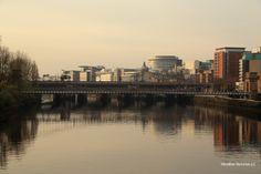Glasgow leży nad rzeką Clyde.