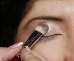 MAC Eyeshadow Makeup Tutorial