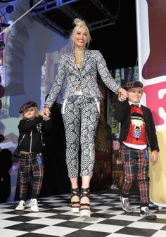 Gwen Stefani's Cutest Family Pictures | POPSUGAR Celebrity