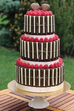 Wedding cake : - Cake by Lucya Chocolate Caramel Cake, Stripe Wedding, Cupcake Cakes, Cupcakes, Take The Cake, Let Them Eat Cake, Amazing Cakes, Magenta, Wedding Cakes